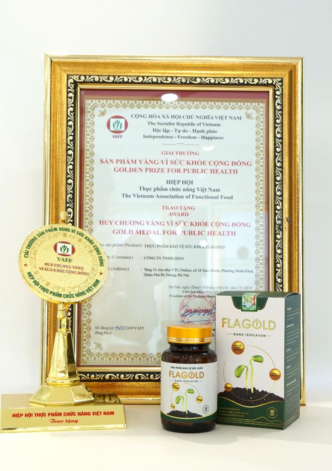 """Nano mầm đậu nành FlaGold được trao tặng giải thưởng """"Sản phẩm vàng vì sức khỏe cộng đồng"""""""