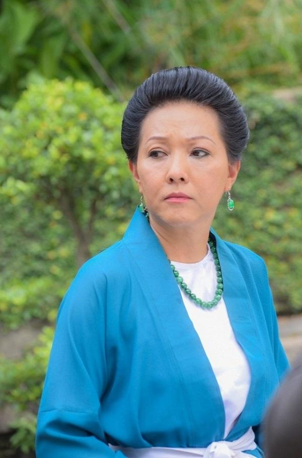 Diễn viên Phương Dung bổ sung nội tiết tố nữ như thế nào