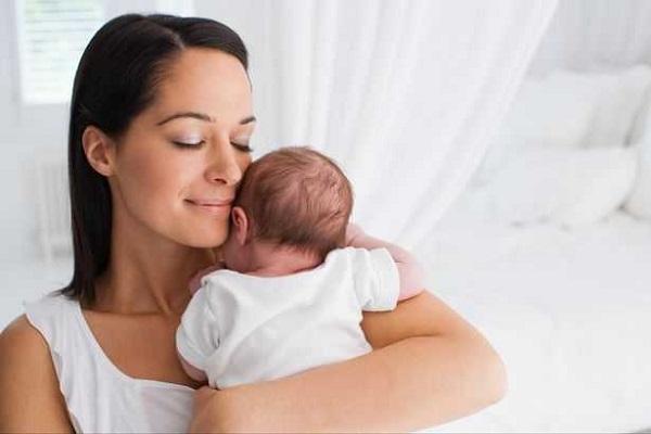 Suy giảm nội tiết tố sau sinh
