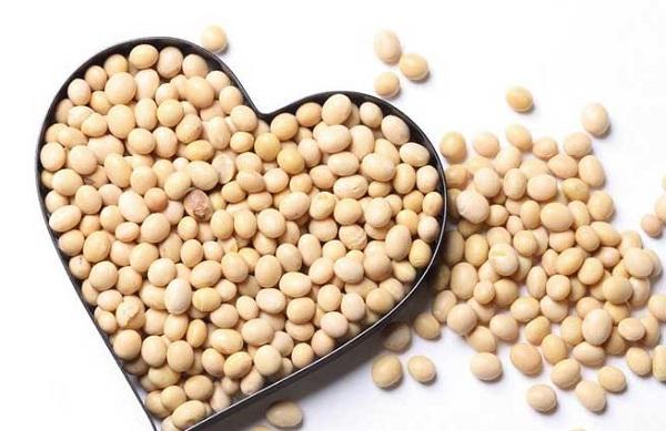 Cách làm đẹp với mầm đậu nành