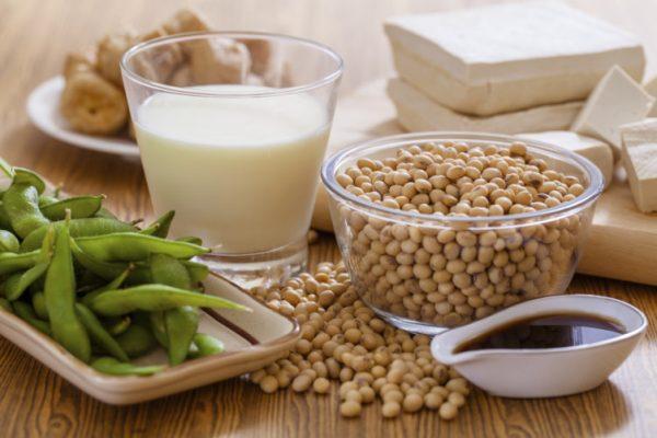 sau sinh bao lâu uống mầm đậu nành, mầm đậu nành với phụ nữ cho con bú, mầm đậu nành cho phụ nữ cho con bú, cho con bú uống sữa đậu nành được không, mẹ cho con bú có uống được mầm đậu nành, uống mầm đậu nành có mất sữa không
