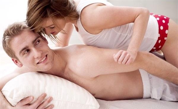 Chảy máu sau quan hệ có nguy hiểm không? Điều trị như thế nào?