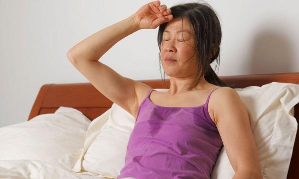 phụ nữ bao nhiêu tuổi thì mãn kinh, phụ nữ bao nhiêu tuổi mãn kinh, bao nhiêu tuổi thì mãn kinh, tuổi mãn kinh của phụ nữ là bao nhiêu, bao nhiêu tuổi thì phụ nữ mãn kinh, phụ nữ bao nhiêu tuổi là mãn kinh