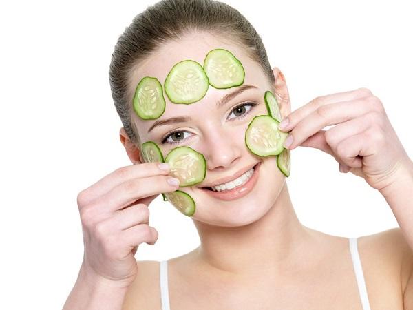 Cách chăm sóc da mặt khô sạm, da măt khô phai lam sao, da mặt bị khô phải làm sao, cách chữa da mặt khô, cách cải thiện da mặt khô, cách làm da mặt hết khô sần
