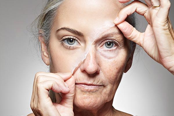 Cách xóa nếp nhăn trên mặt tại nhà đơn giản nhất giúp làn da căng mướt chị em nên biết