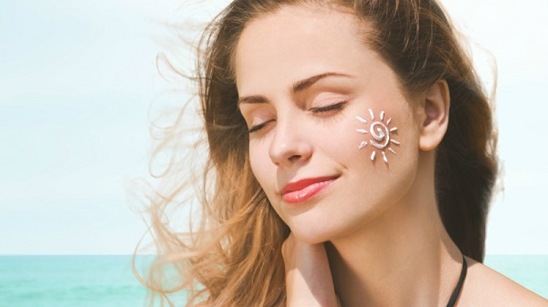 nguyên nhân da mặt bị khô, nguyên nhân gây khô da mặt, nguyên nhân da khô sần