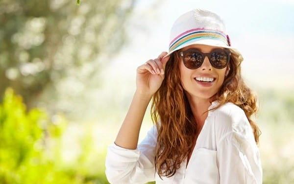 Tránh để mắt tiếp xúc trực tiếp với ánh nắng mặt trời