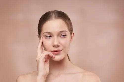 Nội tiết tố nữ kém là nguyên nhân gây ra các vấn đề về da